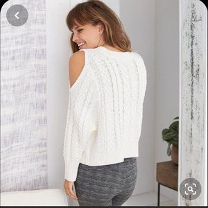 Aerie White Cold Shoulder Chunky Knit Sweater L